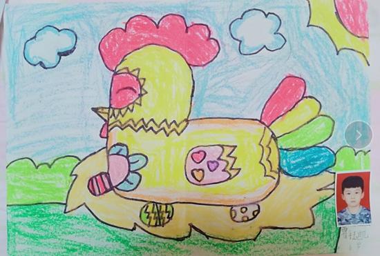 美术幼儿B组《美丽的母鸡》金奖:霍钰凯.jpg