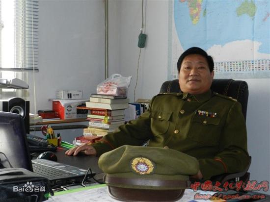 书法家张懿先生简介
